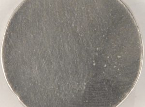 129 L pewter button 1 1/8″