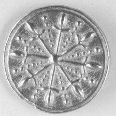 Dirk, Pewter Button, 3/4″, 121