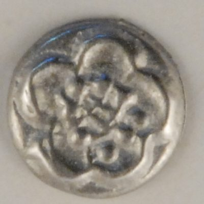 Chrysanthemum, tiny mum Pewter Button, 5/16″, 146