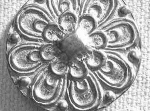 Petal Button, 1 1/8″ 148