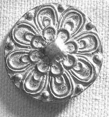 148 L, Medallion Pewter Button