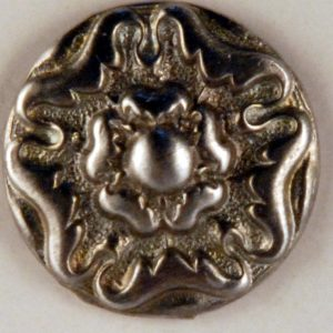 159 Floral Tudor design Pewter Button