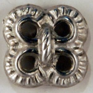 Lover's Knot Pewter Button 7