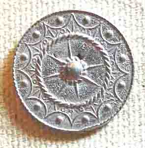 Targ design, Pewter Button, 3/4″, 125. Hand made in the USA