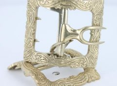 Swirl shoe buckle in White Bronze