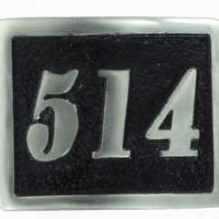 514 Belt buckle black background in solid Bronze