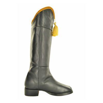 Hessian boot